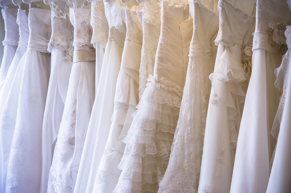 運命の一着に出会いたいなら、結婚式会場提携のドレスショップをまずチェック