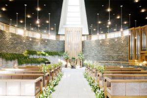 専任の外国人牧師がいる、ホテル雅叙園東京のガーデンチャペル
