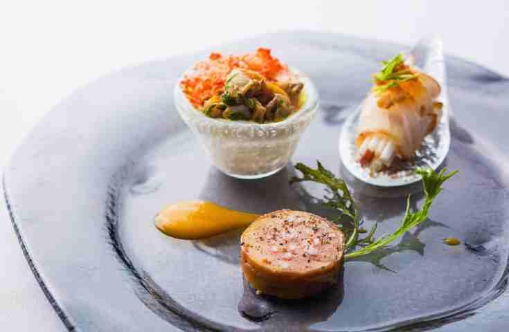 自信を持って招待したい!本当に料理が美味しい東京の結婚式場6選