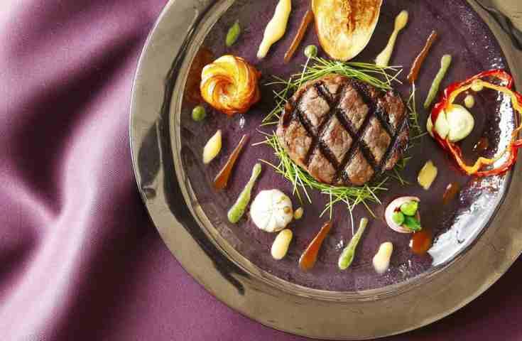 料理重視の結婚式なら!オープンキッチン付き会場でゲストの満足度アップ