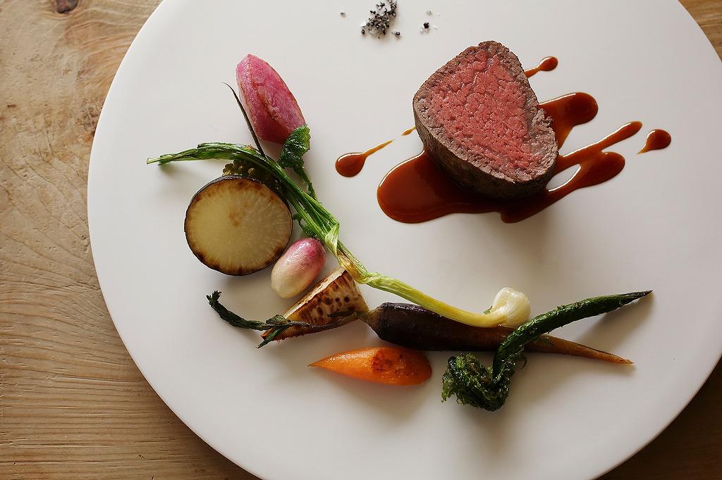 横浜迎賓館の肉料理