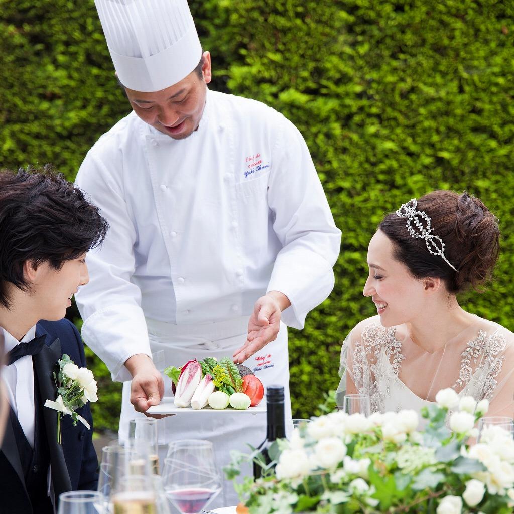 横浜迎賓館のシェフ料理説明
