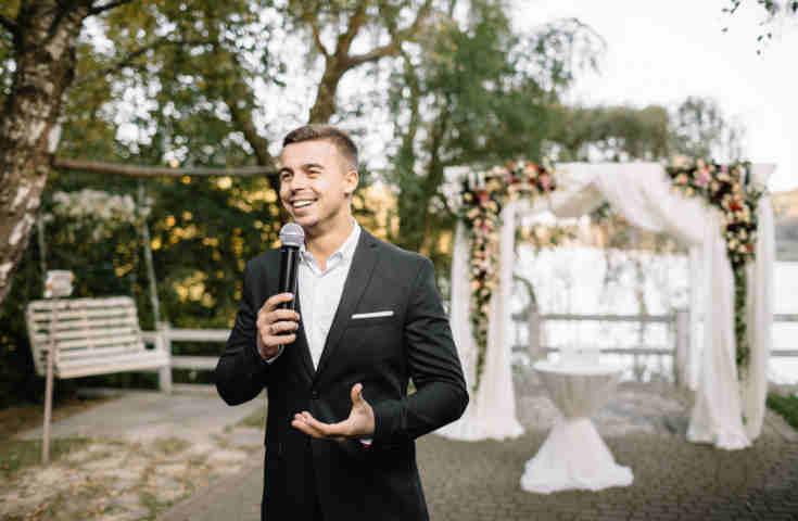 【プランナーが教える】結婚式の参列マナー05.主賓乾杯スピーチのポイントと結婚式当日の流れ
