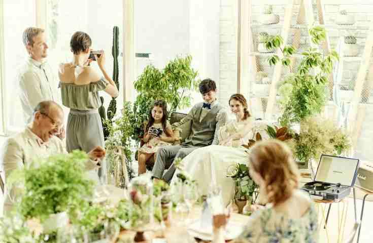 わが家のように結婚式場を自由に使う!? ホームパーティー風ウエディングを叶えるコツ|THINGSオリジナル取材記事