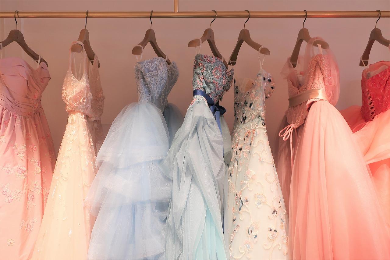 LIVE LOVE LAUGHのカラードレス