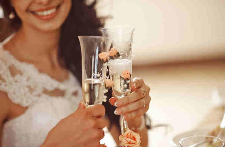 【プランナーが教える】結婚式の二次会準備スケジュール!時期別に幹事がやるべきことを解説