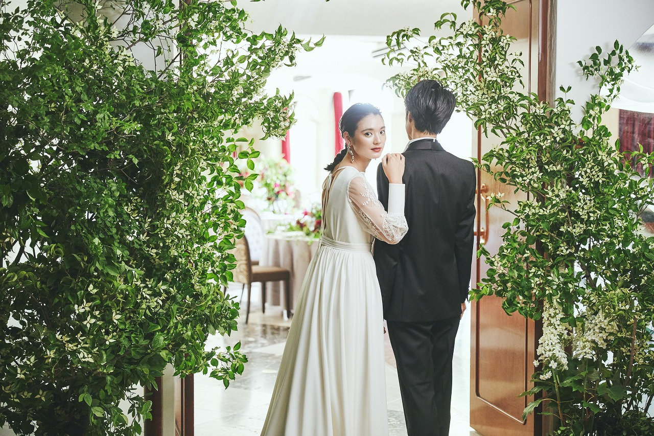 持ち込みなしでも自分たちらしい結婚式は叶う。式場がタッグを組むクリエイターを知ることの大切さとは?|Q.E.D.CLUB 取材記事
