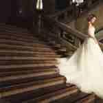 結婚式場ではどんなウエディングドレスが選べる?会場提携ブランドまとめ